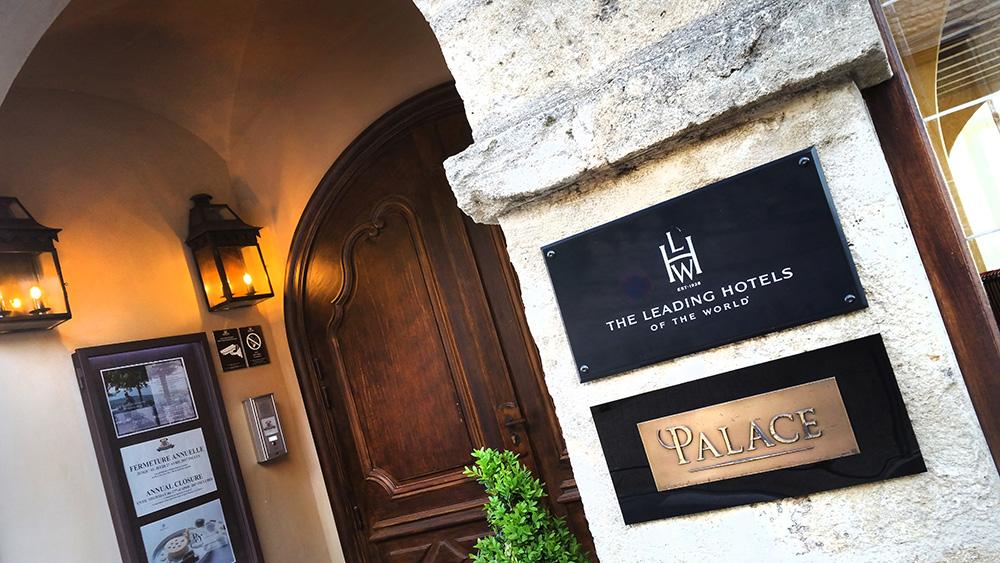 enseigne laiton hotel palace